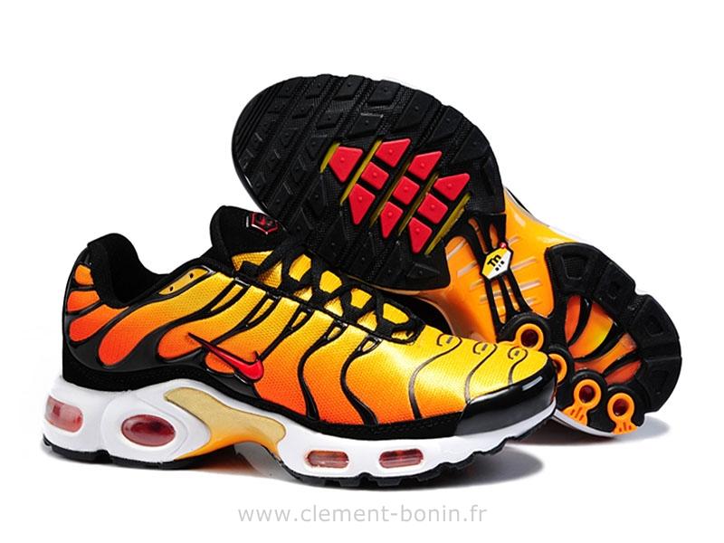best service cbd8a e76b6 acheter chaussures nike tn requin